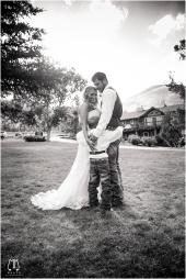 RedLodgePhotographer_ButteWeddingPhotographer_WeddingPhotographer-1046