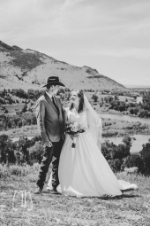 Copper-K-Barn_MT-Wedding-Photographer-mkate-photography-Butte-wedding-photographer-whitehall_-2028